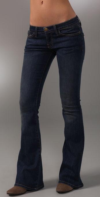 低腰喇叭牛仔裤