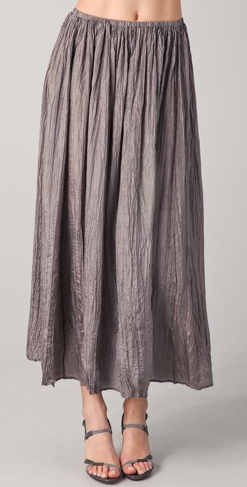 播放 促销单品        说明             这款起皱的丝绸长裙饰有褶皱