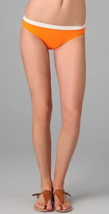 可爱女人比基尼式泳裤