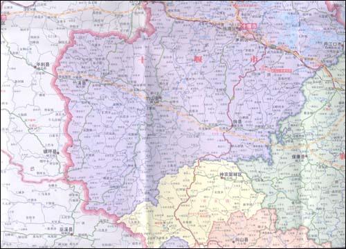 湖北省地图(1:770000)(新版)》是由中国地图出版社