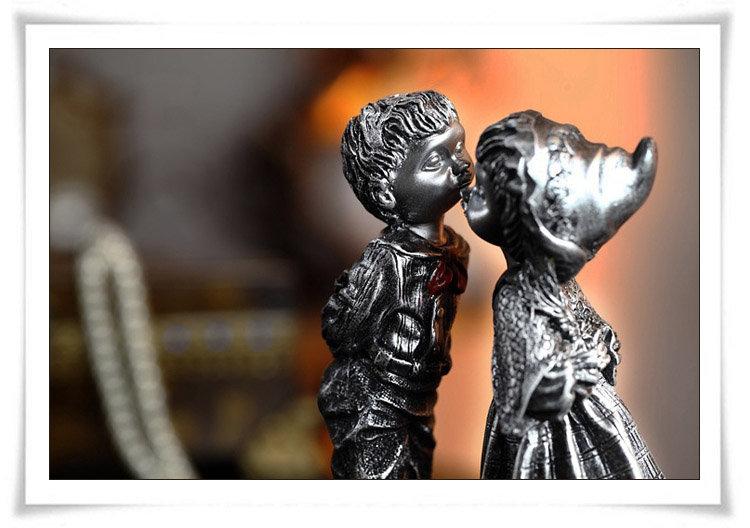 欧式趣味树脂摆件接吻小情侣sy013-aule