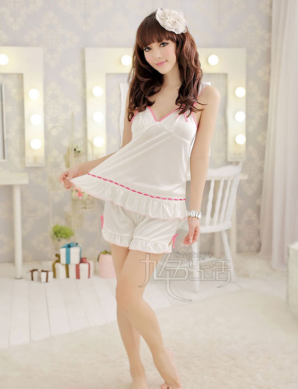 九色生活 情趣内衣 可爱粉色花边诱惑透视露乳 性感吊带女士短裤情趣