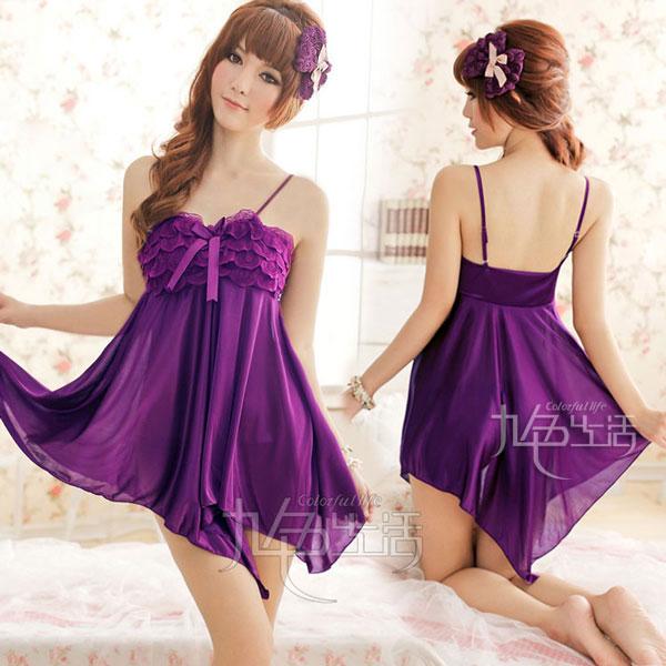 紫色外搭配什么颜色裙子