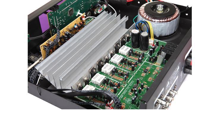 超强大环流变压器,充分保证了功放机在长时间工作下,对所有音源的输入