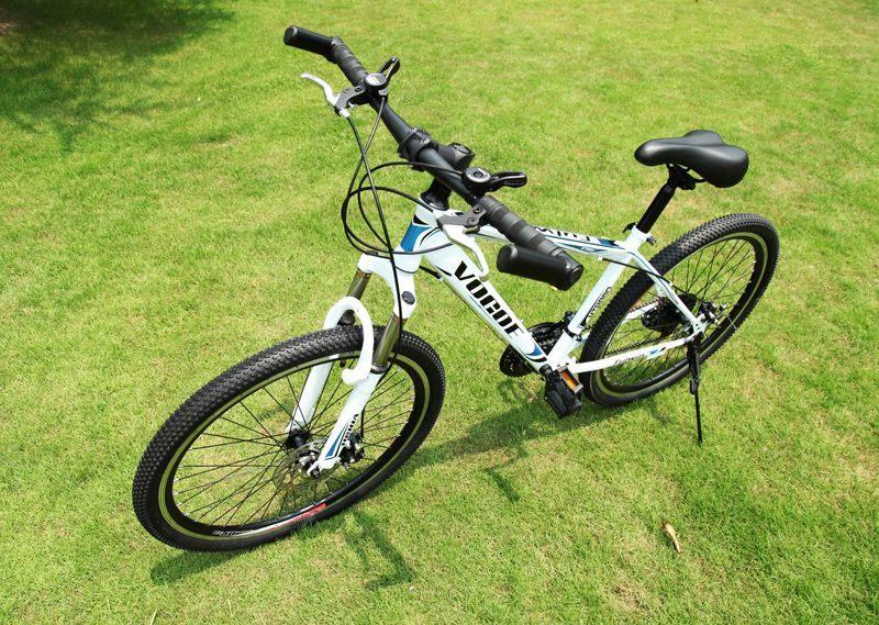 级教练 21速山地公路自行车26寸 2200 白色 由厂商直送