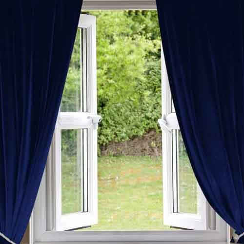 成品窗帘布比定制窗帘优惠许多