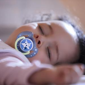 Philips Avent pacifier, glow in the dark pacifier, nighttime pacifiers, baby pacifier