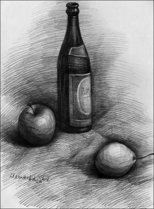 啤酒瓶手绘素描